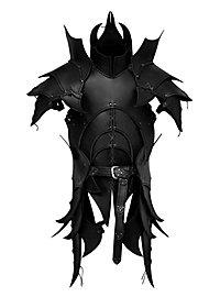 Armure de démon avec tassettes en cuir noir