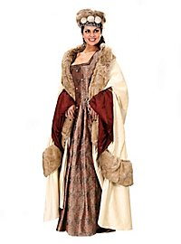 Winter Cape Queen of England
