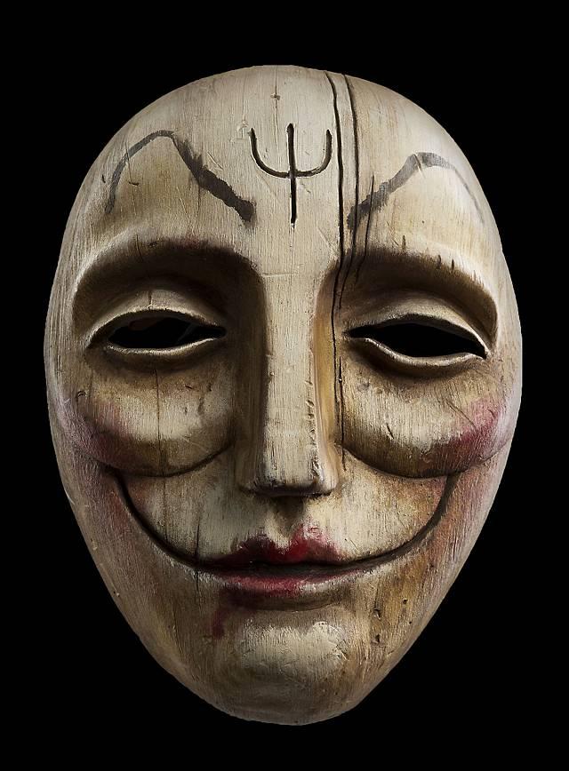 krampus fensterglotzer maske gruselige filmmaske aus kunstharz. Black Bedroom Furniture Sets. Home Design Ideas