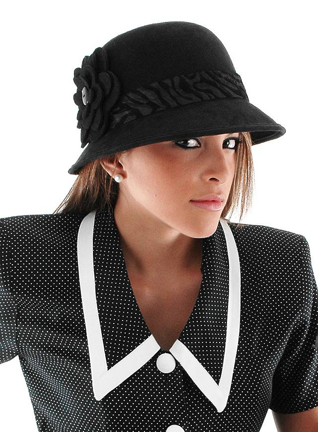 Cloche Hat with Cloth Flower