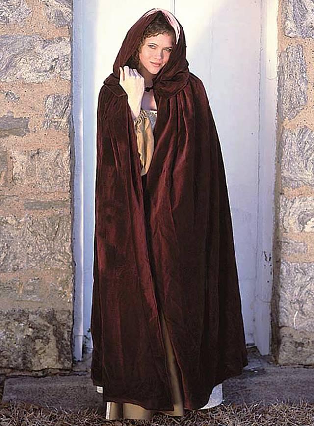 Duchesses Hooded Cape