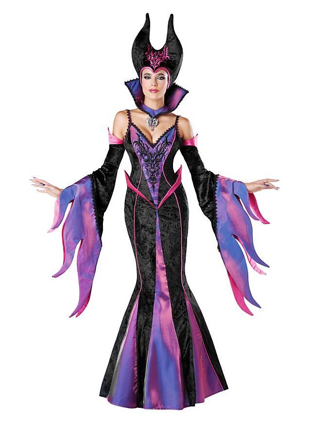 Dunkle Fee Kostüm für die Maleficent Schminkanleitung