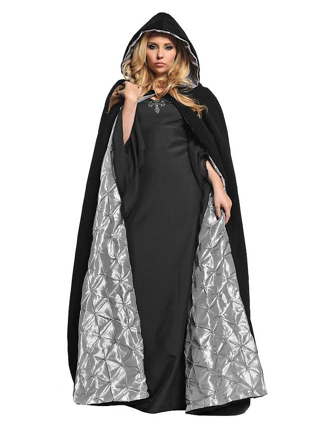 Hooded cape with silver lining