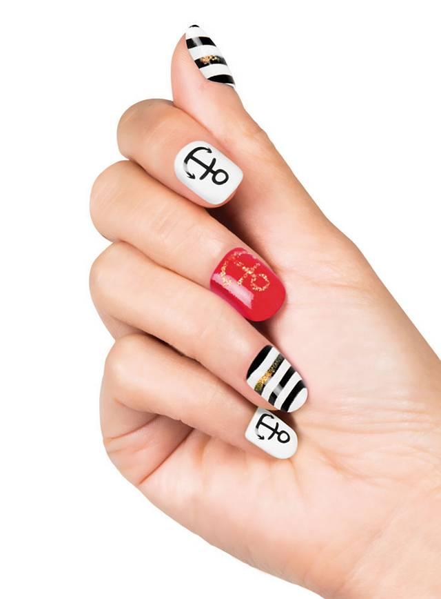 Nautical Finger Nails