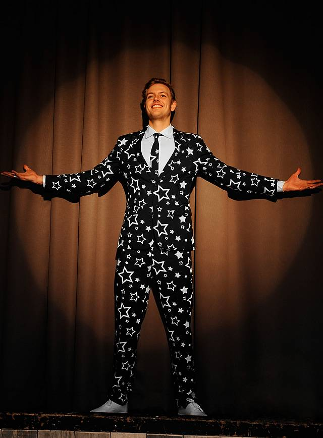 opposuits starring anzug. Black Bedroom Furniture Sets. Home Design Ideas