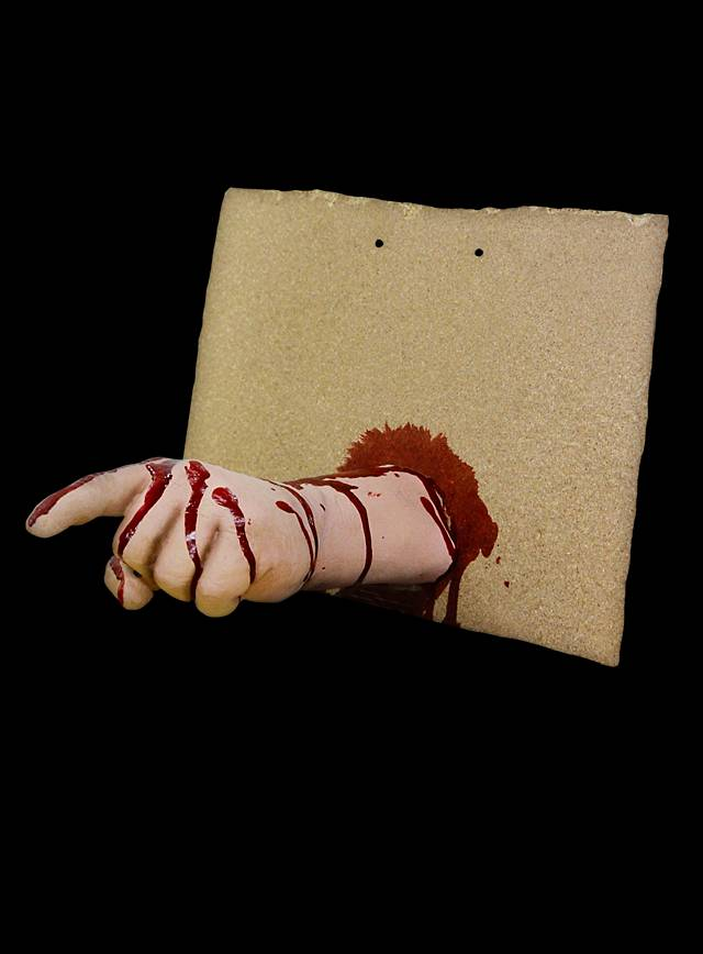 Pointing Finger Front Horror Decoration