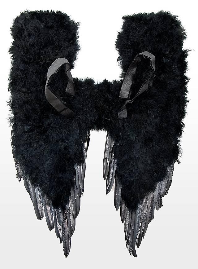 Schwarze Dämonenflügel für den Maleficent Schminktipp