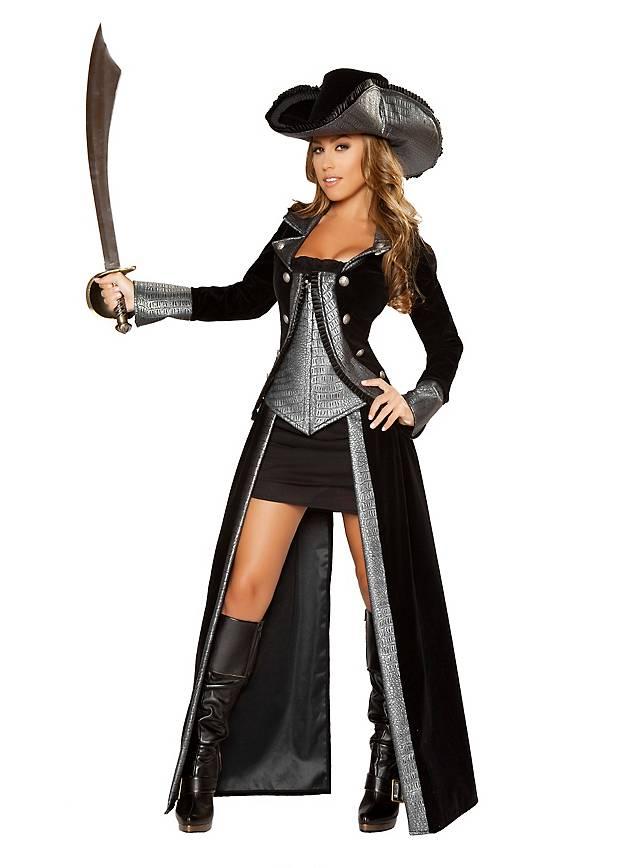 Sexy pirates costume