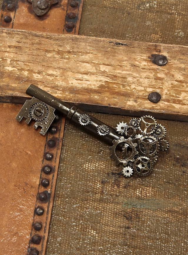 Steampunk Schlüssel Brosche