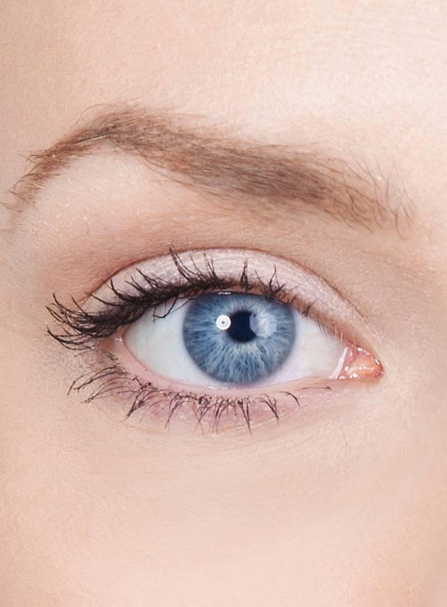 Non Prescription Colored Contacts >> UV Light Blue Contact Lenses - maskworld.com