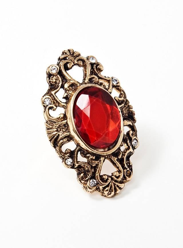 Verzierter Rubin Ring