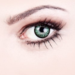 Eye Make-up: Buy eyeliner & mascara