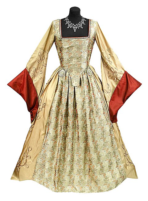 "Gown ""Queen of England"" Costume"