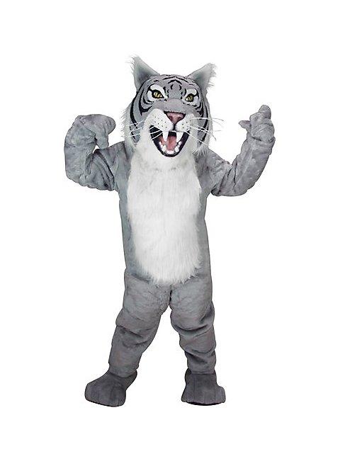 Graue Wildkatze bekommt beim Omasex den Schlitz gefickt