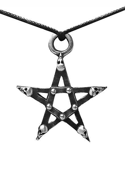 Collier pentagramme à têtes de mort