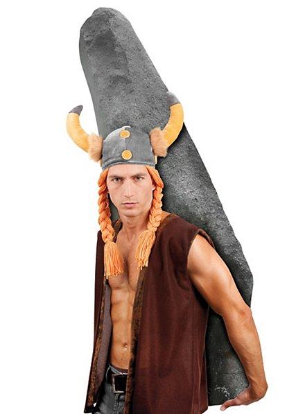 Gaul helmet with horns and plaits