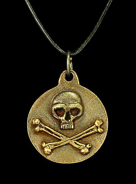Médaillon de pirate avec tête de mort