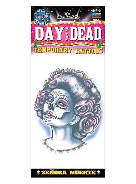 Señora Muerte Klebe-Tattoo
