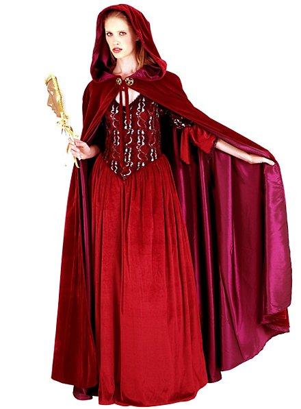 Velvet Cape Venetian Lady