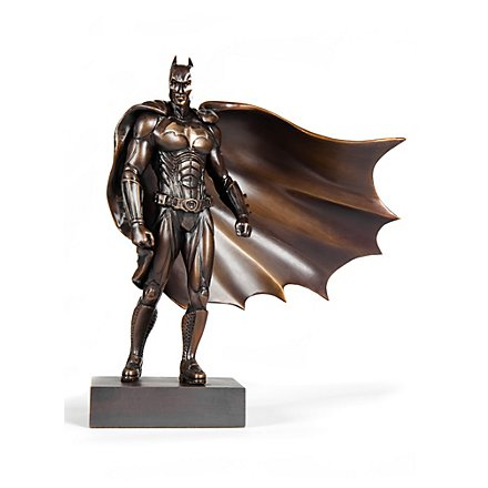 Batman Begins Batman Statue