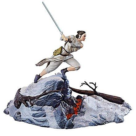 Star Wars - Statue Rey auf der Starkiller Base