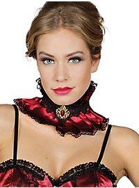 Baroque collar with brooch
