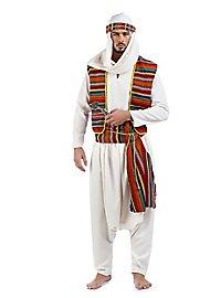 Caravan guide costume
