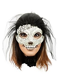 Catrina mask with black veil