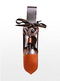 Couverts médiévaux avec étui ceinture