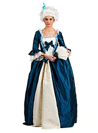 Dauphine Costume