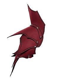 Dunkelelf Schultern rot