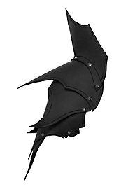 Dunkelelf Schultern schwarz