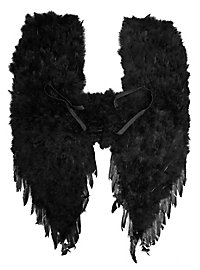 Grandes ailes de démon en plumes noires