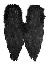Large Wings black
