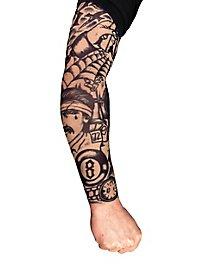 Manche peau tatouée knacki