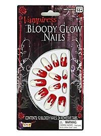 Ongles de vampire sanglants