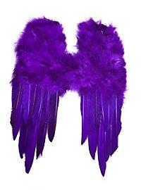 Petites ailes en plumes violettes