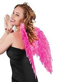 Pinkfarbene Flügel