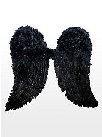 Schwarze Engelsflügel Federn